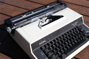 Royal Electric Typewriter c