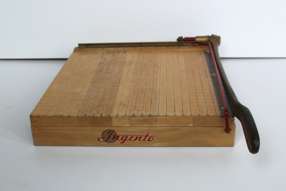 Ingento Paper Cutter a