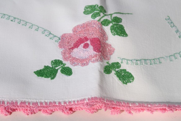 Embroidered Pillowcase Pair d