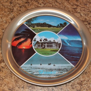 Iolani place tray