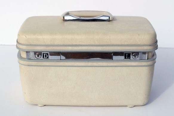 Samsonite Train Case a